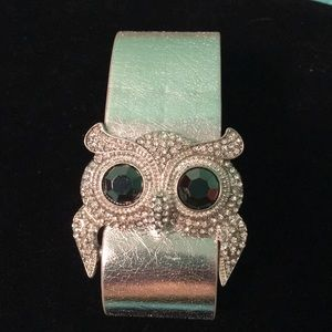 Owl cuff bracelet. Adjustable.